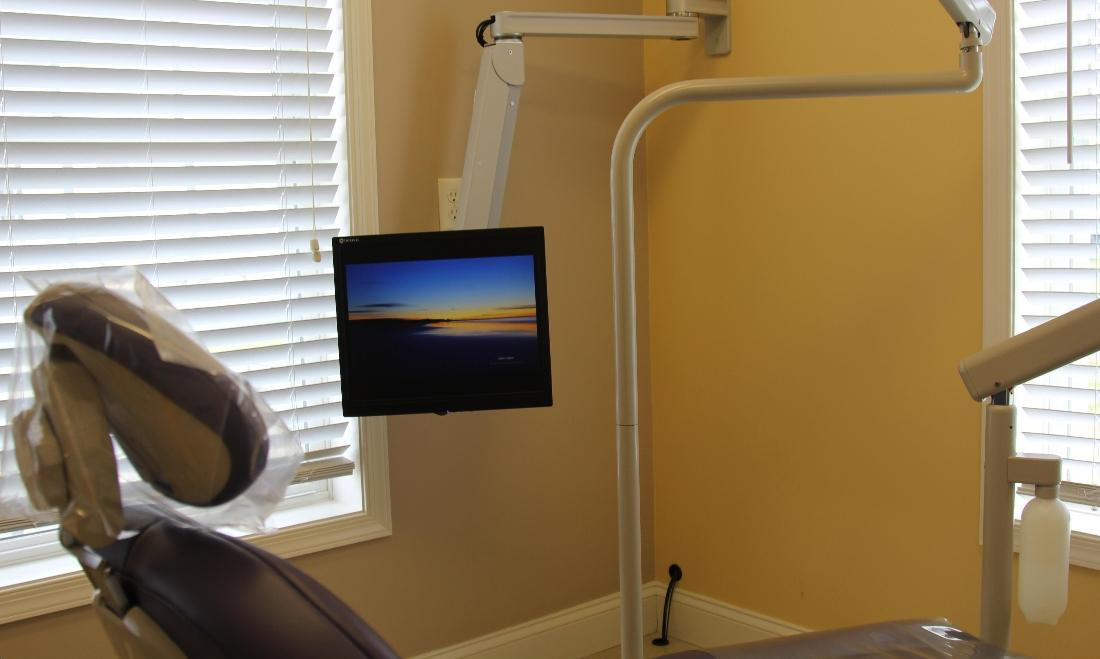 Using the latest dental technologies at Rehoboth Beach Dental in Rehoboth Beach, DE